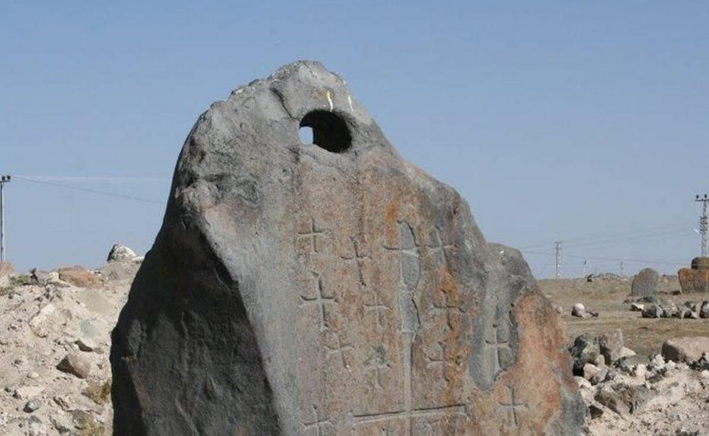 Anclas de Piedra del Arca de Noé